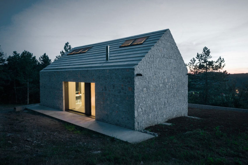 Compact Karst House by dekleva gregorič arhitekti (21)