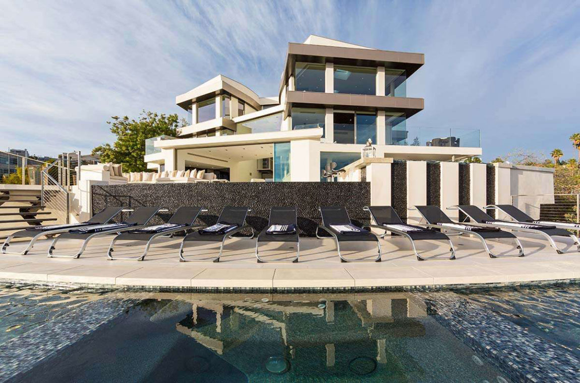 Contemporary Home on Sunset Strip (2)