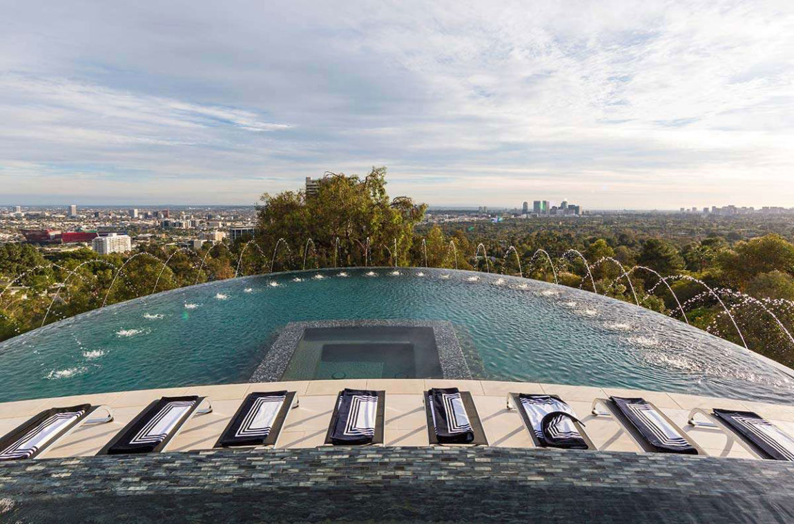 Contemporary Home on Sunset Strip (7)