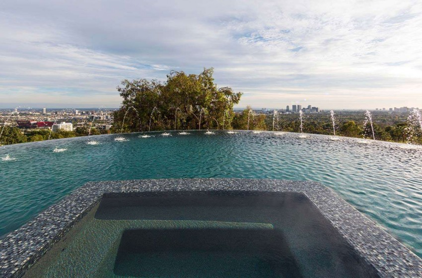 Contemporary Home on Sunset Strip (8)