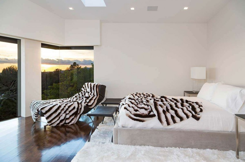 Contemporary Home on Sunset Strip (17)