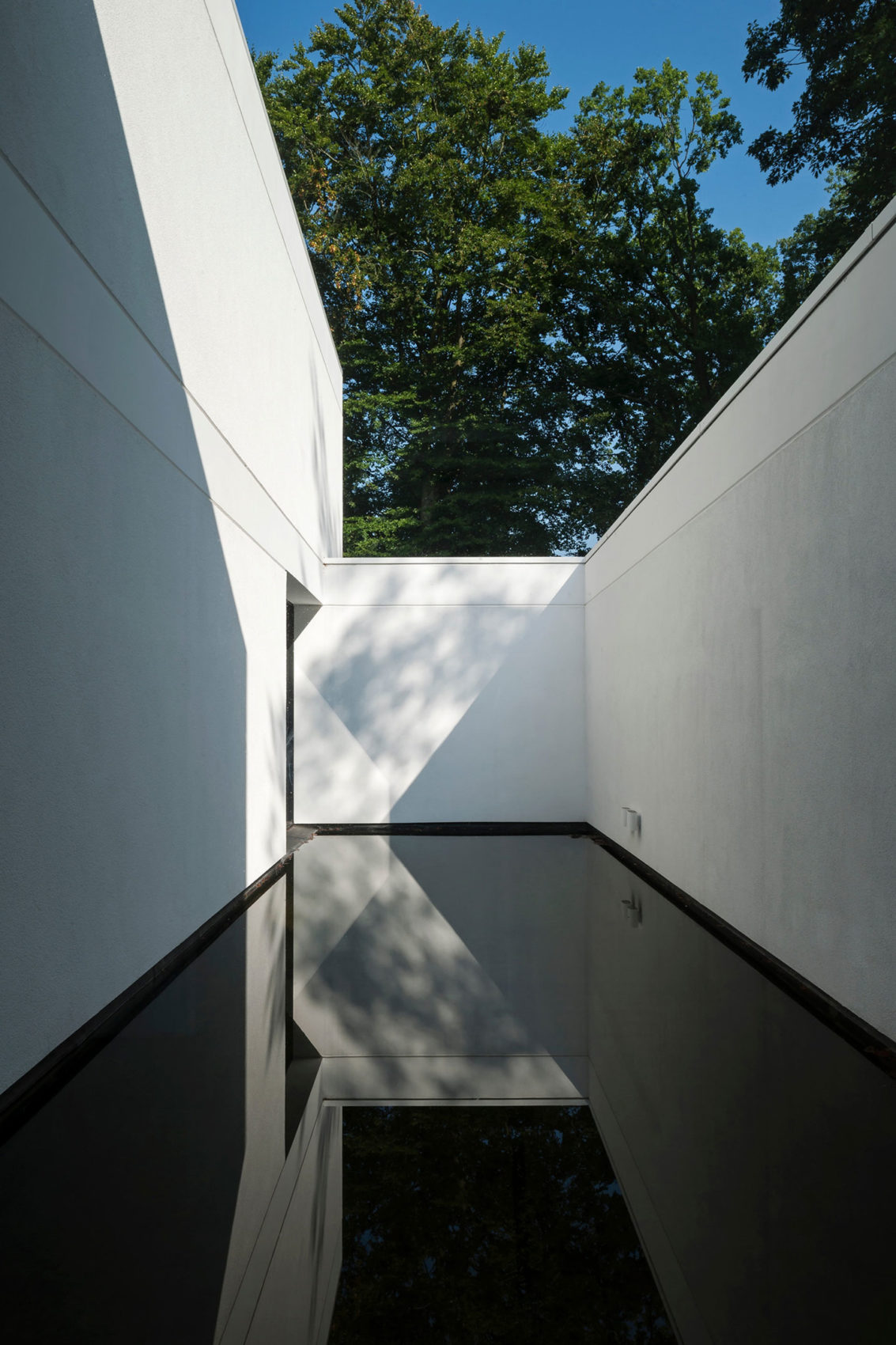 HS Residence by Cubyc architects (12)