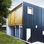 Herston Gardenhouse by Refresh * Architecture (1)