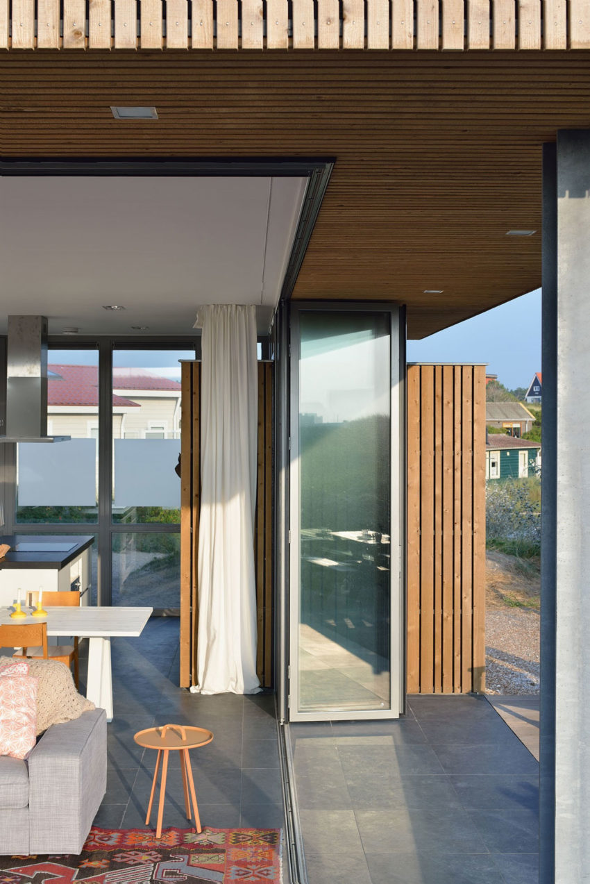 Holiday House by Bloem en Lemstra Architecten (13)