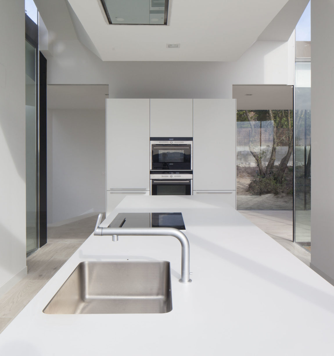 House and Studio YC by RTA-Office (6)