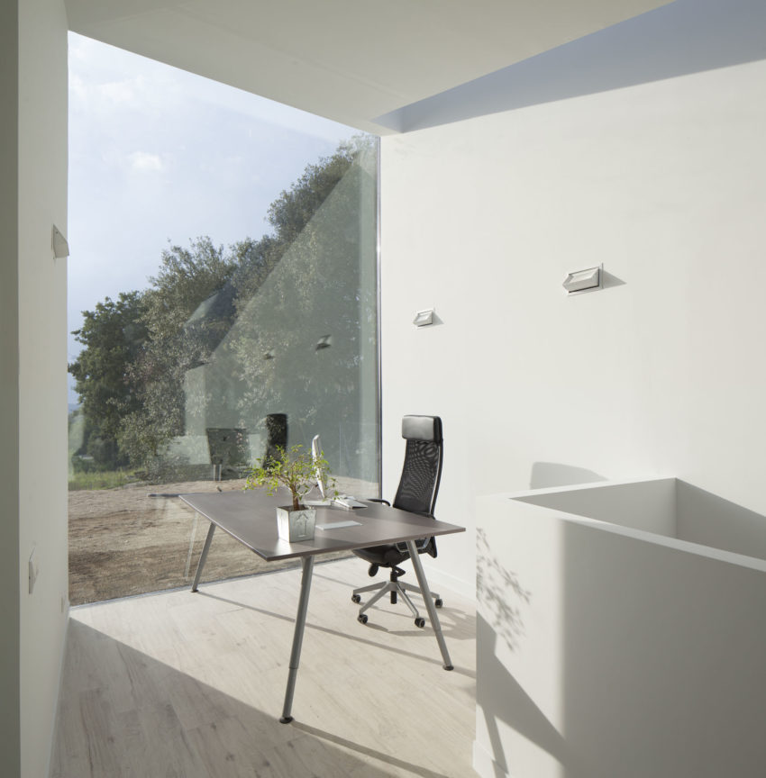 House and Studio YC by RTA-Office (9)