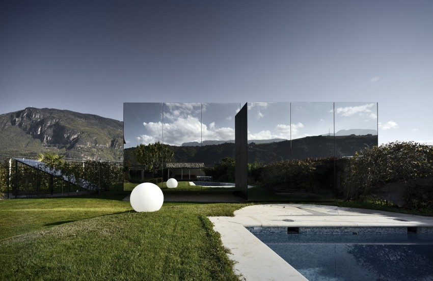 Mirror Houses by Peter Pichler Architecture (10)