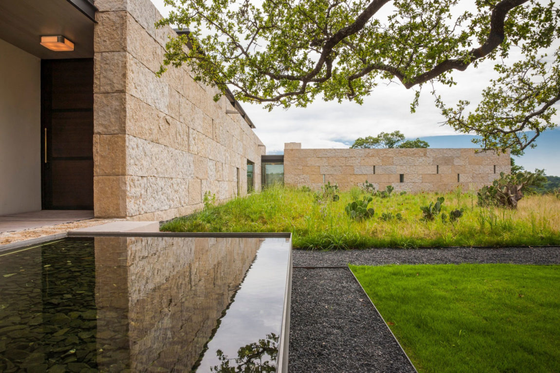 SK Ranch by Lake Flato Architects (4)