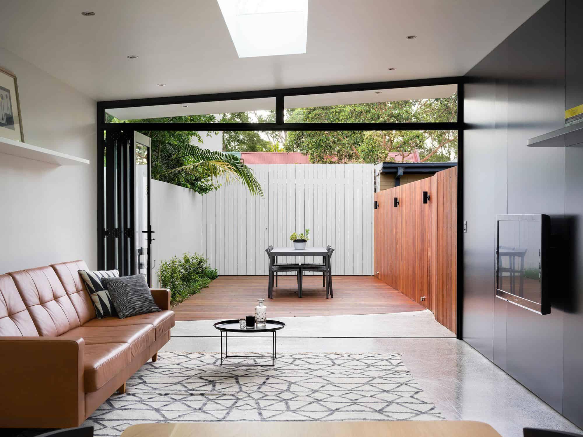 Alexandria House 2 By Pivot
