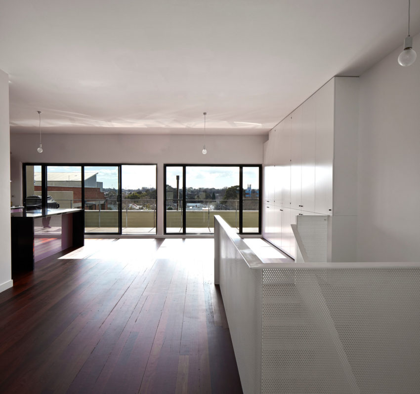 Black House by Andrew Maynard Architects (26)