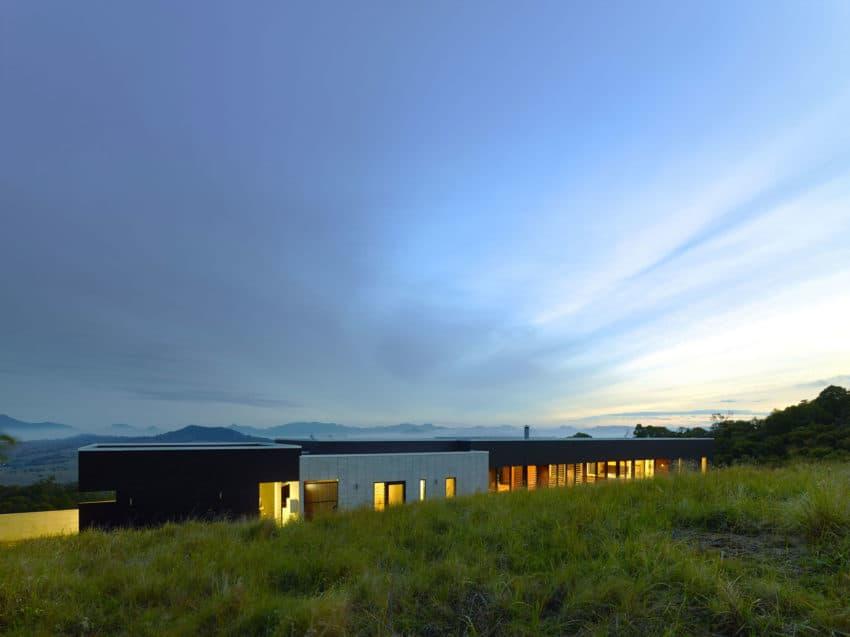 Boonah by Shaun Lockyer Architects (29)
