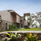 Bray's Island SC Modern I by SBCH Architects (1)