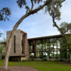 Bray's Island SC Modern I by SBCH Architects (5)