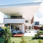 Byron Bay Beach Home by Davis Architects (3)