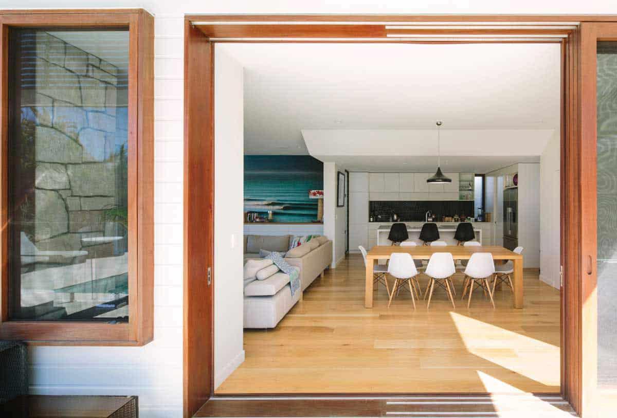 Byron Bay Beach Home by Davis Architects