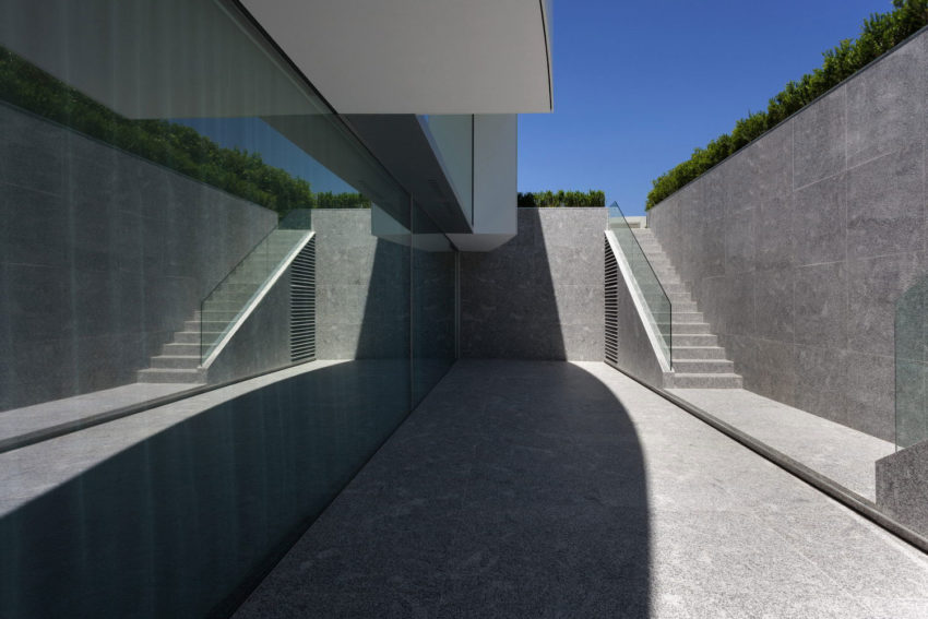 Casa Balint by Fran Silvestre Arquitectos (6)