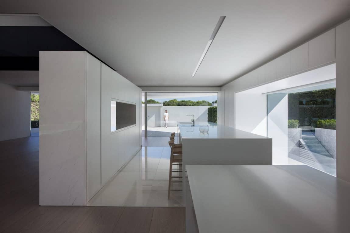 Casa Balint by Fran Silvestre Arquitectos (8)