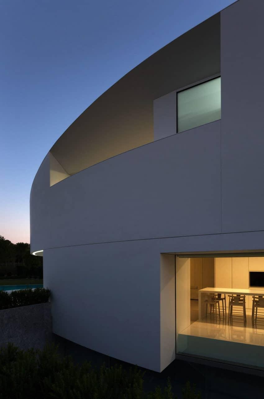 Casa Balint by Fran Silvestre Arquitectos (11)