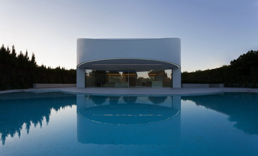 Casa Balint by Fran Silvestre Arquitectos (12)