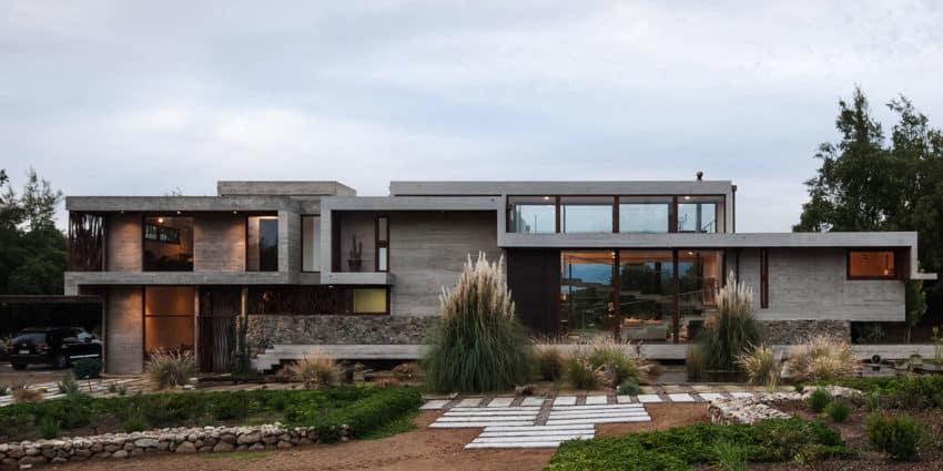 Casa Corredor by Chauriye Stäger Arquitectos (2)