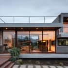 Casa Corredor by Chauriye Stäger Arquitectos (12)