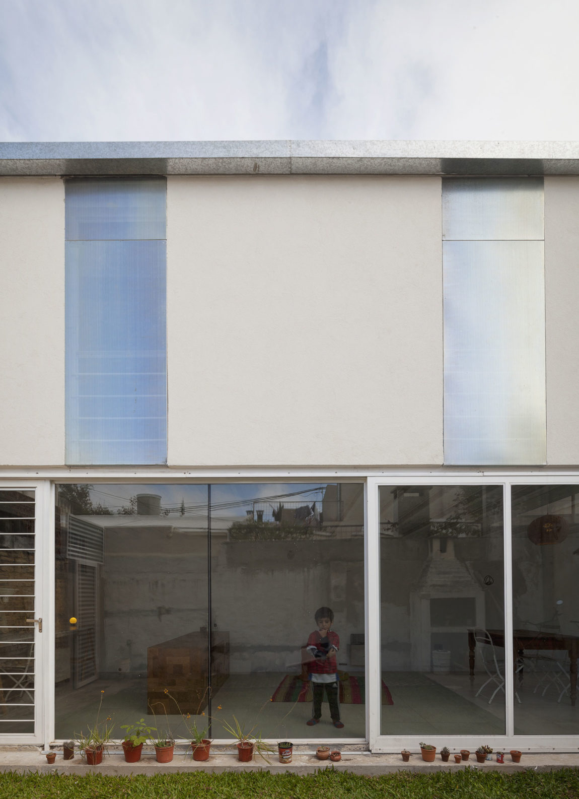 Casa PCF by CCFMG arquitectos (1)