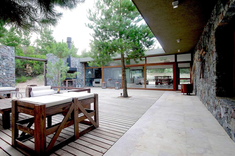 Casa El Patio By Lucas Mc Lean