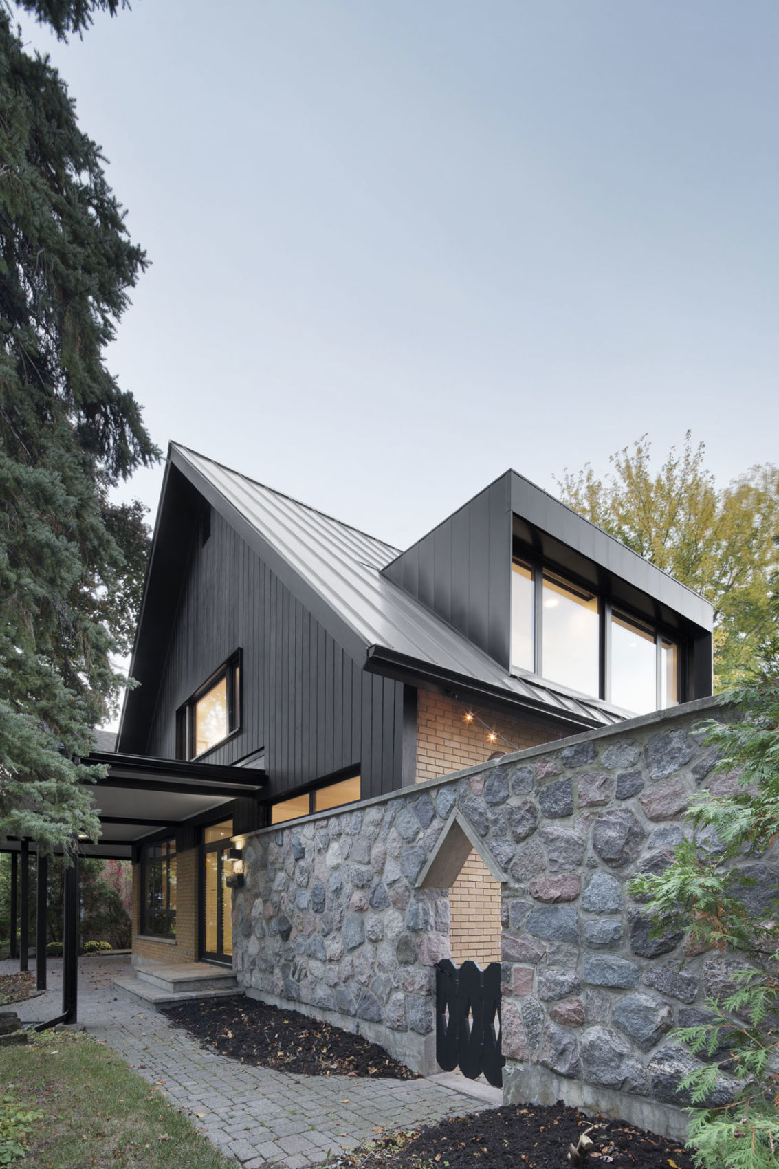 Closse Residence by NatureHumaine (4)