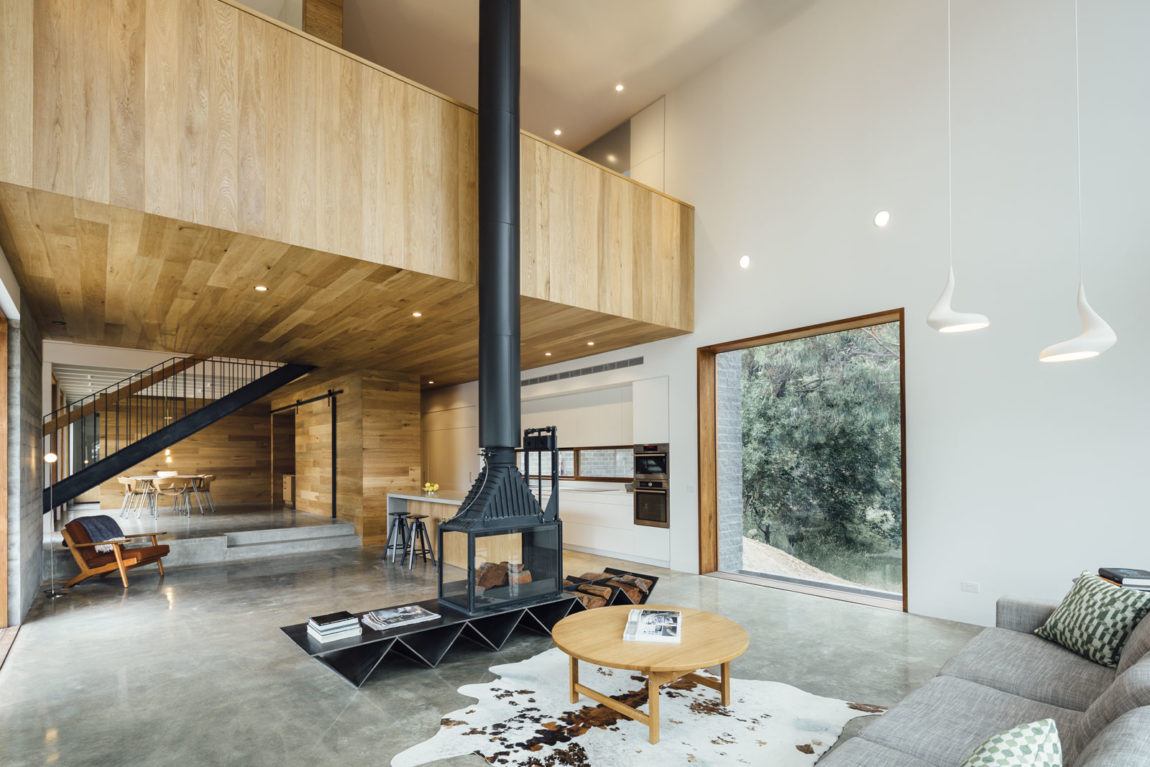 Dawes Road House by Moloney Architects (13)