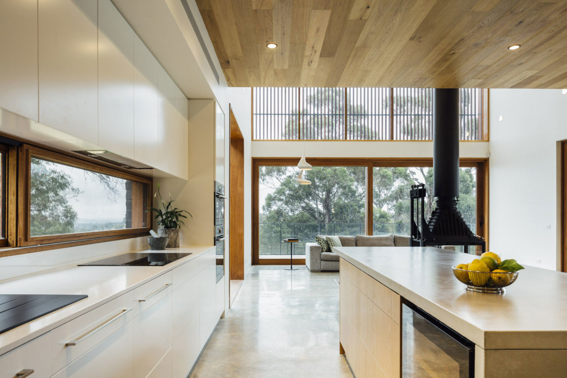 Dawes Road House by Moloney Architects (9)