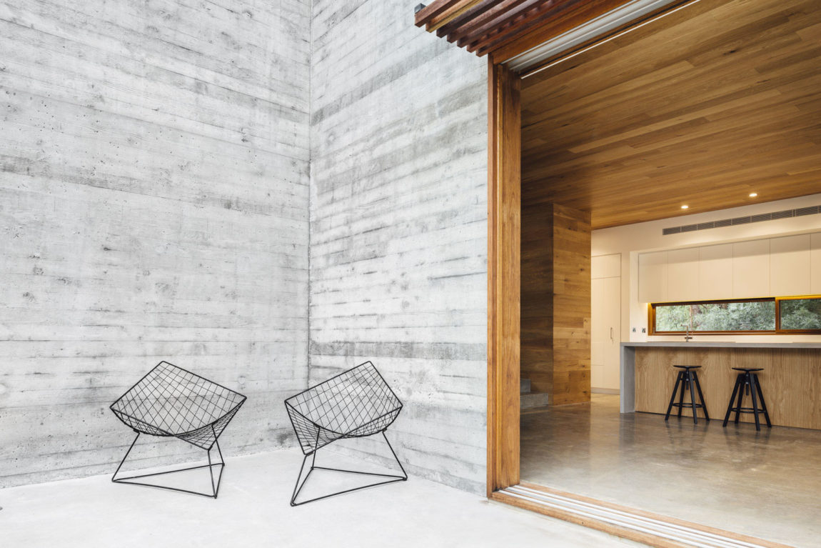 Dawes Road House by Moloney Architects (7)