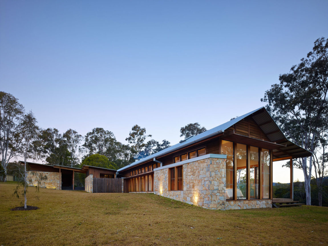 Hinterland House by Shaun Lockyer Architects (28)