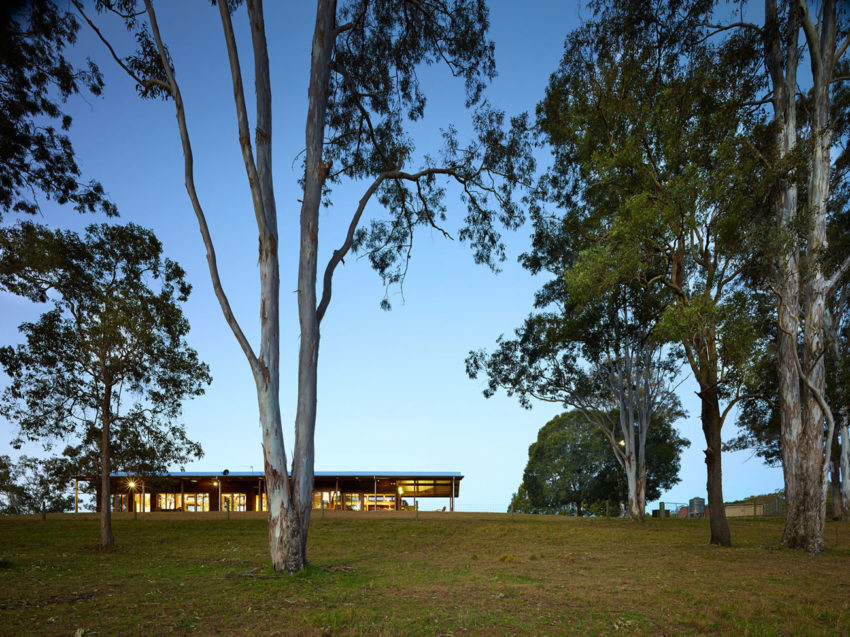 Hinterland House by Shaun Lockyer Architects (32)
