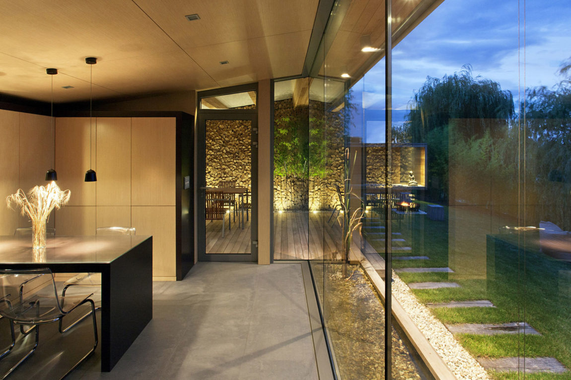 Holiday Cottage by Tóth Project Architect Office (11)