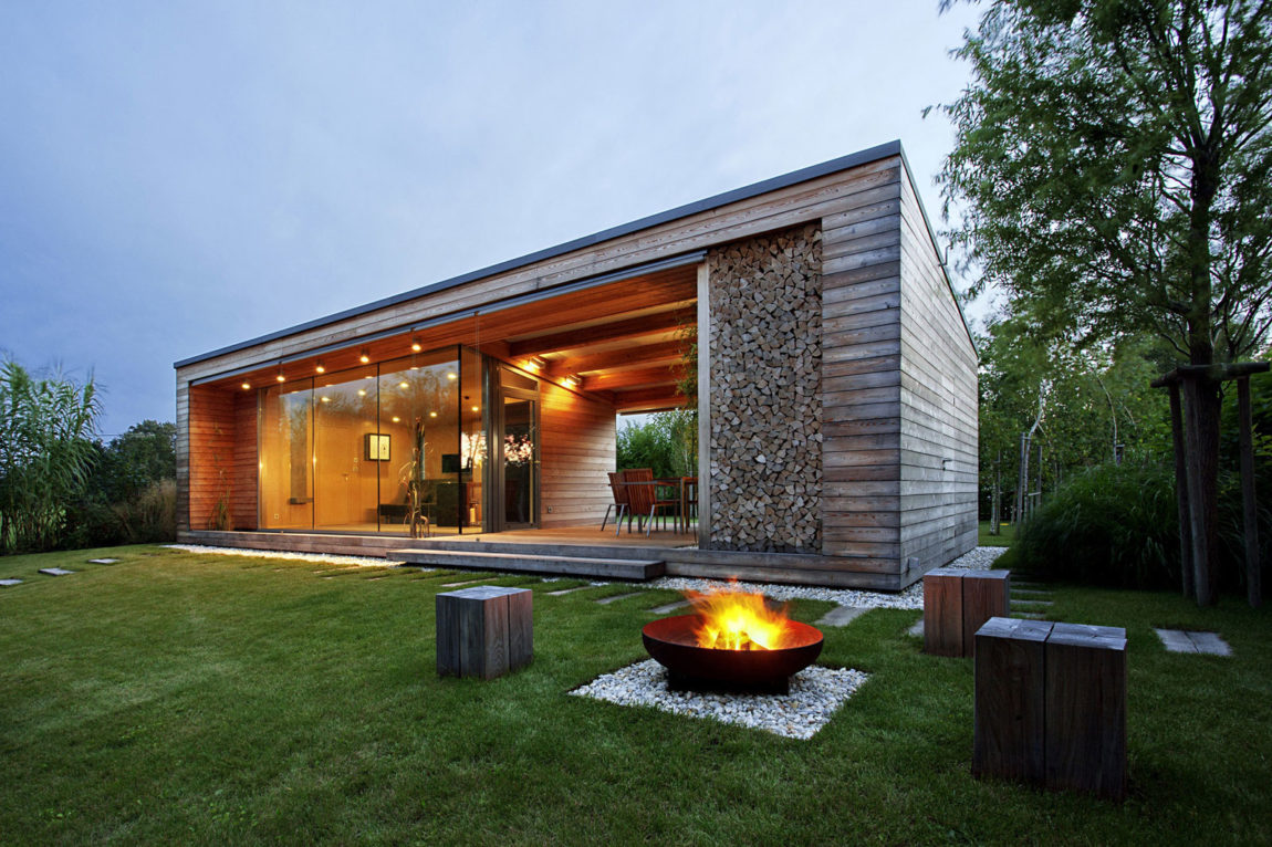 Holiday Cottage by Tóth Project Architect Office (15)