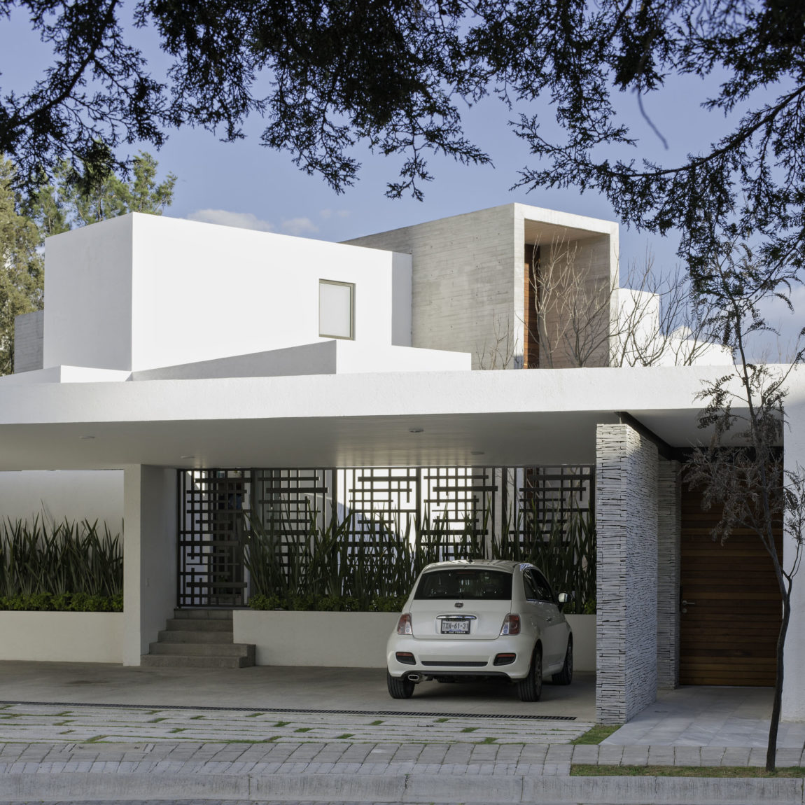 House 8A by Dionne Arquitectos (1)