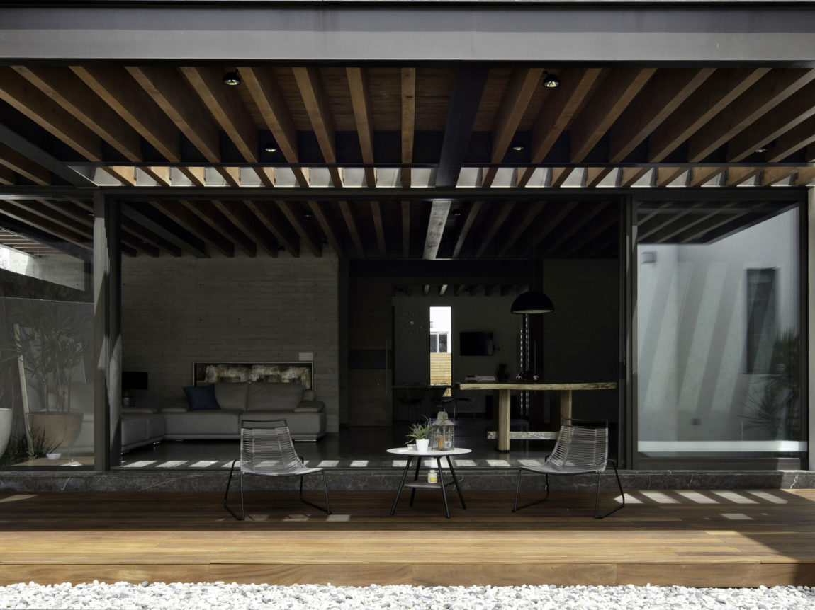 House 8A by Dionne Arquitectos (3)