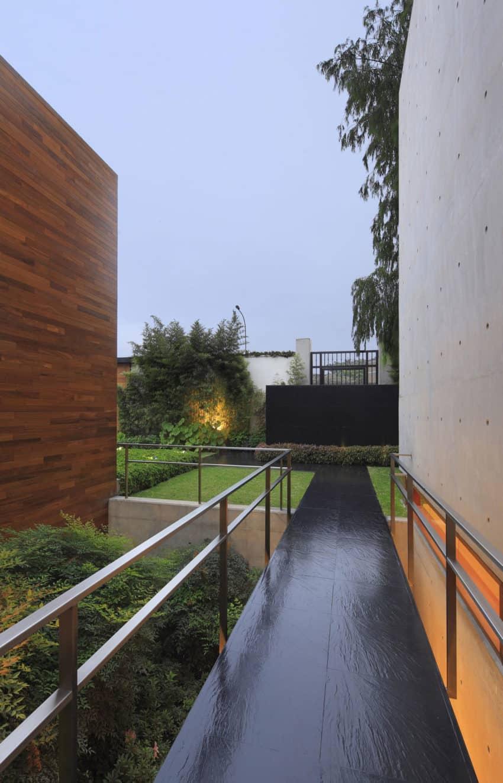 House H by Jaime Ortiz de Zevallos (8)