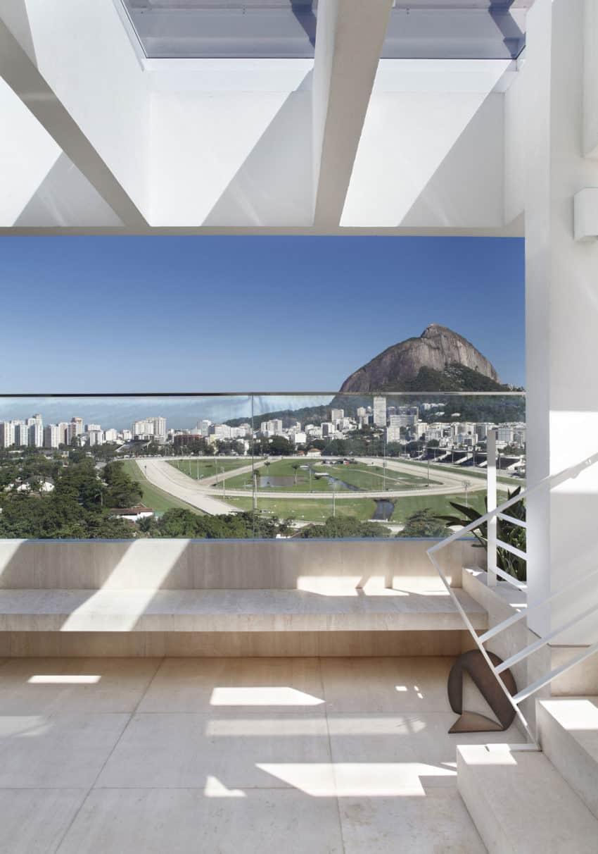 JMF Residence by Ivan Rezende Arquitetura (2)