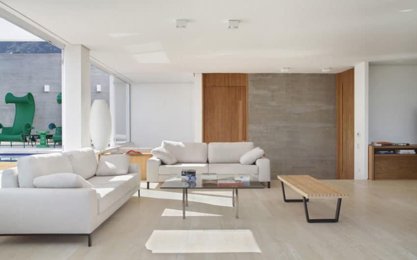 JMF Residence by Ivan Rezende Arquitetura (9)