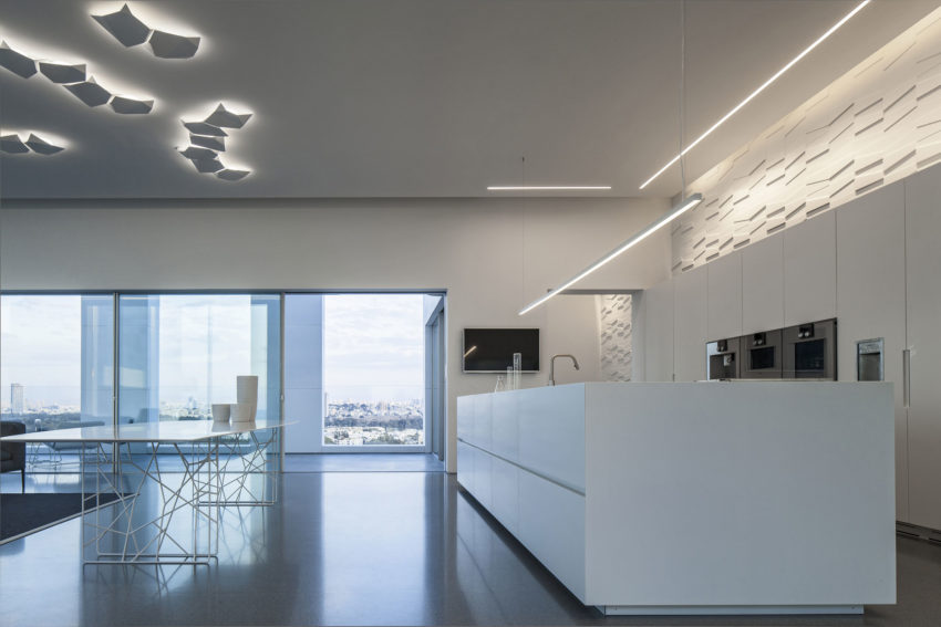 Layers of White by Pitsou Kedem Architects (15)