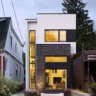 Linear House by Nano Design Build (1)