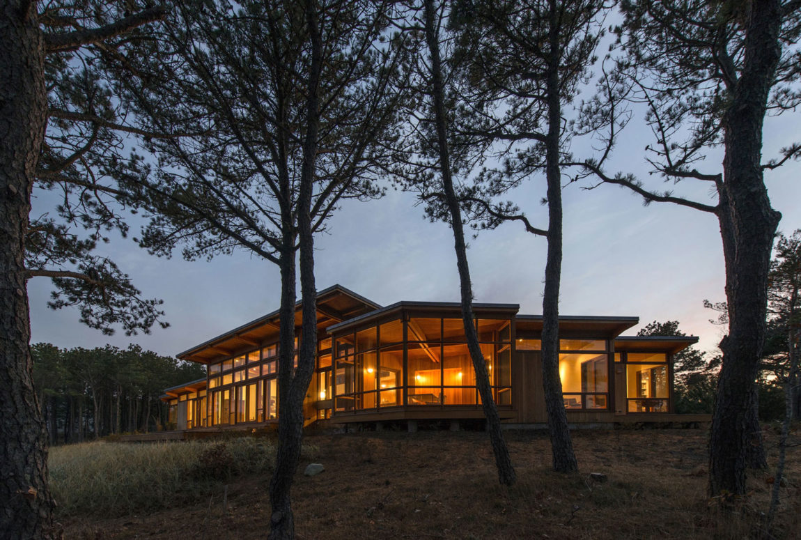 Long Dune Residence by Hammer Architects (1)