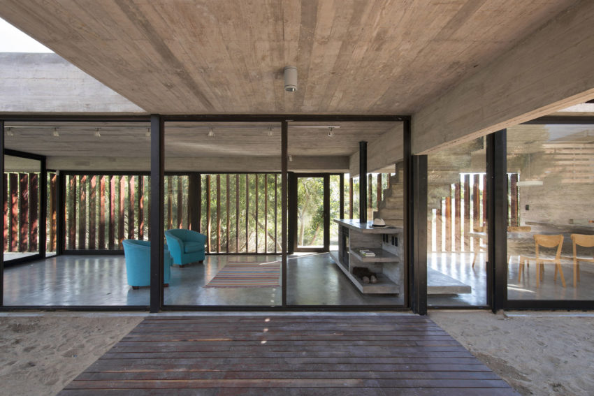 MR House by Luciano Kruk Arquitectos (7)
