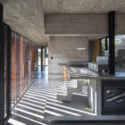 MR House by Luciano Kruk Arquitectos (12)