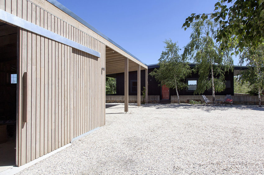 Plinth House by Luke Stanley Architects (10)