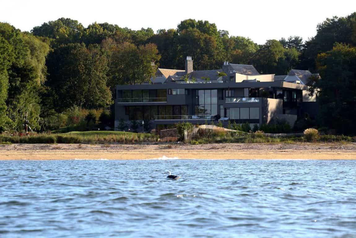 Sands Point Residence by Narofsky Architecture (1)
