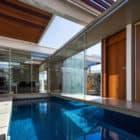 Sliding Pergolas House by FGMF Arquitetos (3)