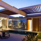 Sliding Pergolas House by FGMF Arquitetos (16)
