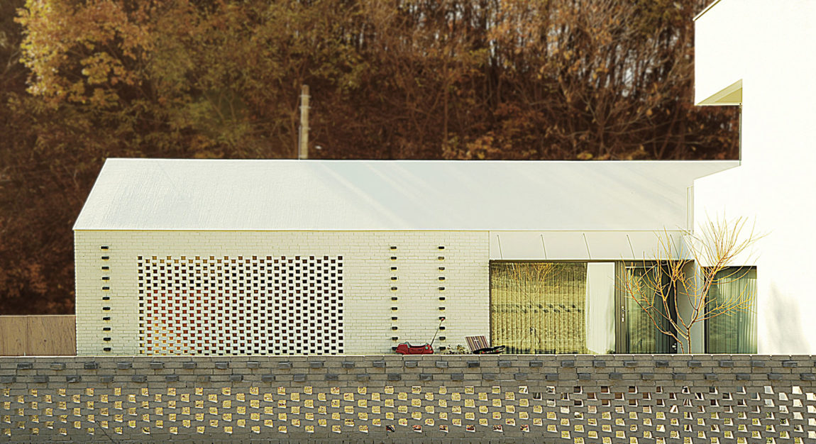 W+ House by 100 A (2)